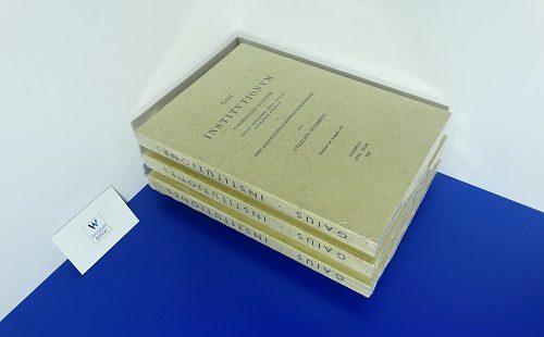 GAIUS - Institutionum commentarii IV codices Veronensis denuo collati apographum confecit