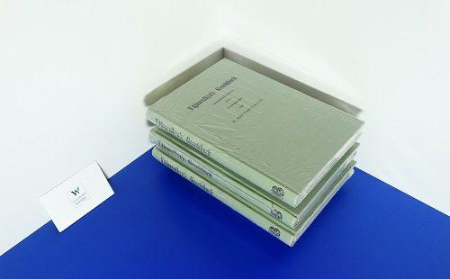 YAJNAVALKYA - Gesetzbuch. In Sanskrit hrsg. und ins Deutsch übersetzt von Adolf Friedrich Stenzler